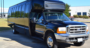 18 Passenger party bus Oakland